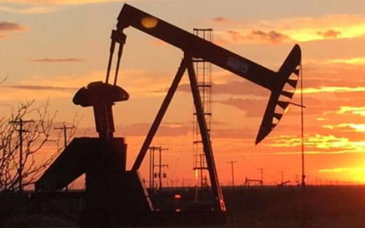原油库存高企,病毒疫情反弹,油价大幅回调